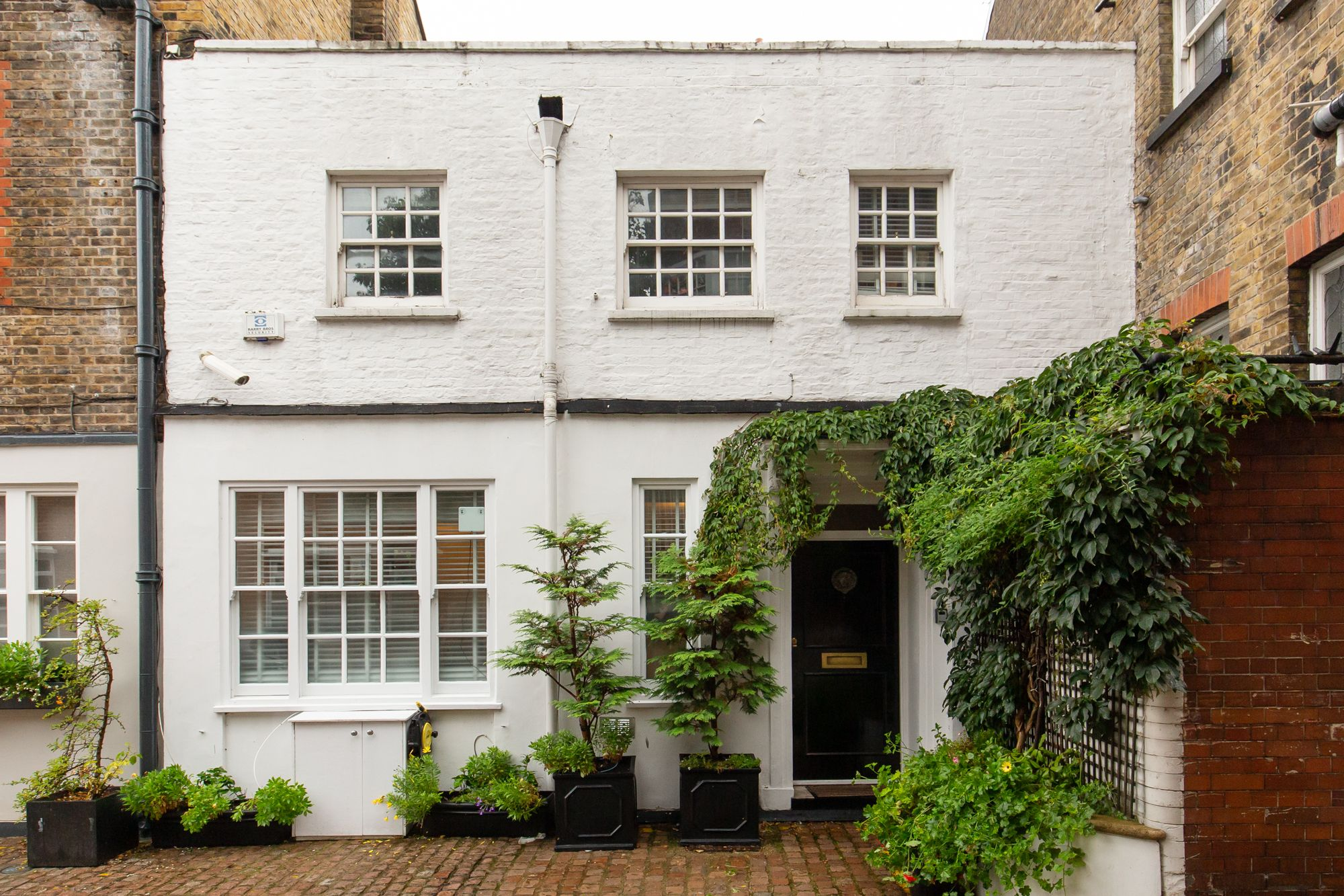 Devonshire Close, Marylebone, W1G